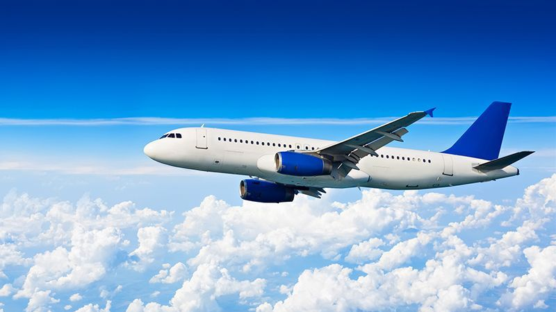 Rusya'dan ilk gün 44 uçak