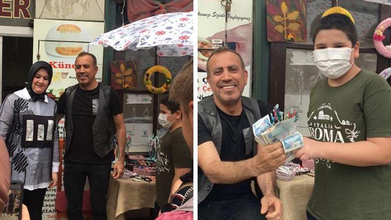 Haluk Levent, İzmitli Barış için esnaflık yaptı