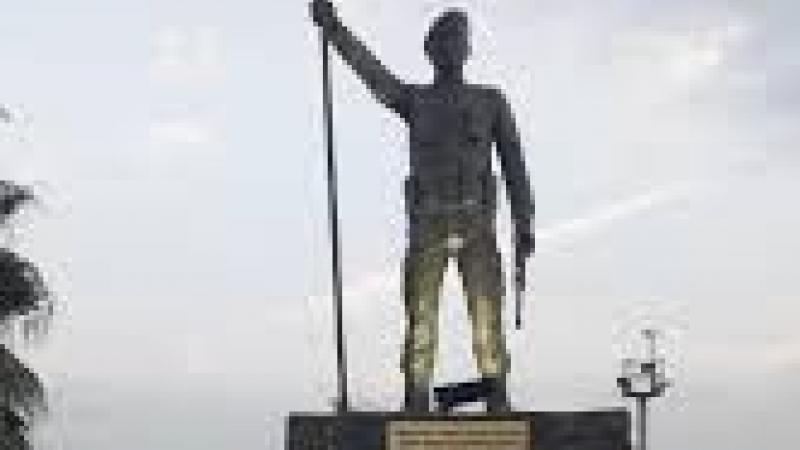 Şehit Anıtı kaldırılacak mı?