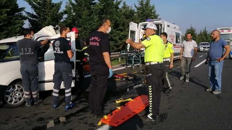 Tır arkadan çarptı: 2 yaralı