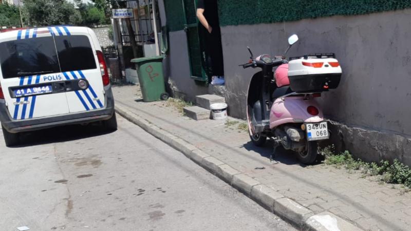 Motosiklet panelvana çarptı