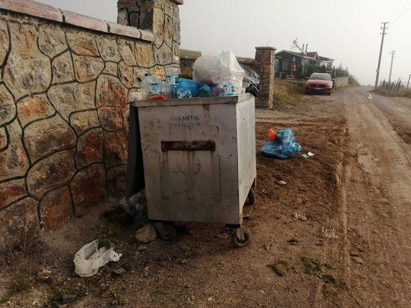 Kalburcu'da çöp yığınları