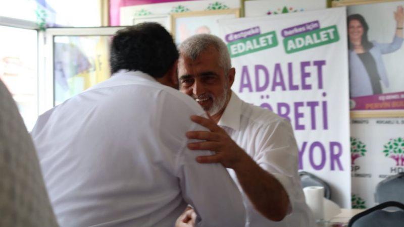 HDP bayramlaştı