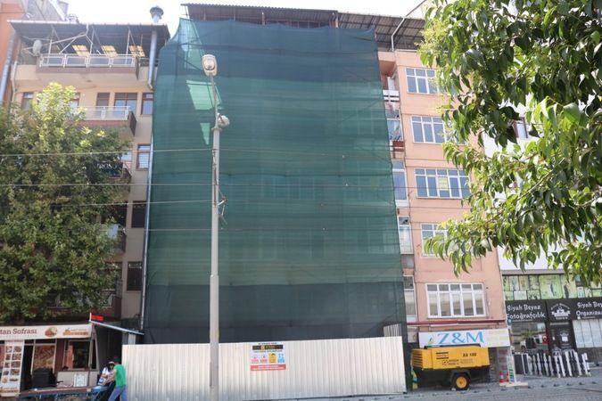 Önder Apartmanı'nın yıkımına başlandı