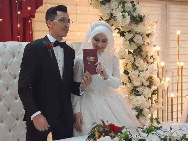Oğuzhan ve Sultane evliler kervanına katıldılar