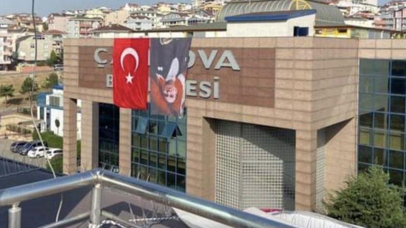 Çayırova Belediyesi, Atatürk'ün fotoğrafını ters astı
