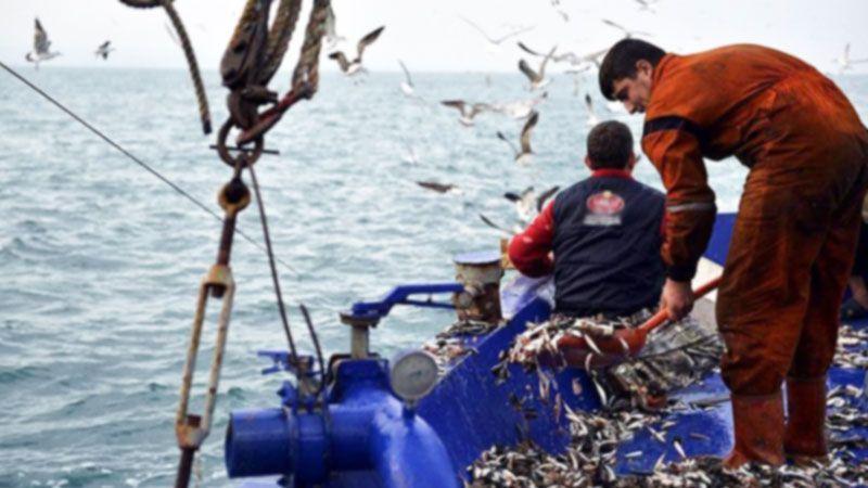 Balıkçı denize çıkıyor