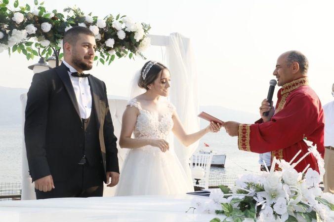 Onur ve Ceylan evliler kervanına katıldılar