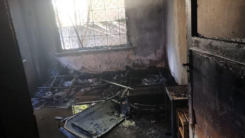 Apartmanın zemin katında yangın çıktı