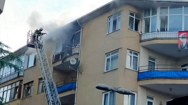 Gölcük'teki ev yangını söndürüldü