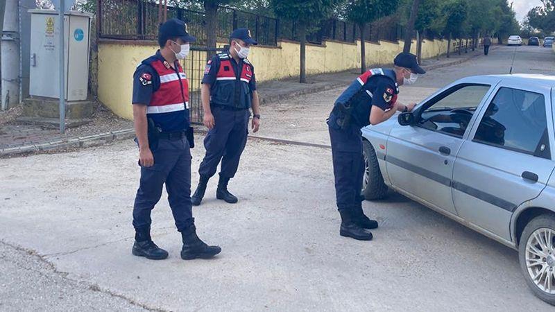 Jandarma'dan okul çevresinde denetim