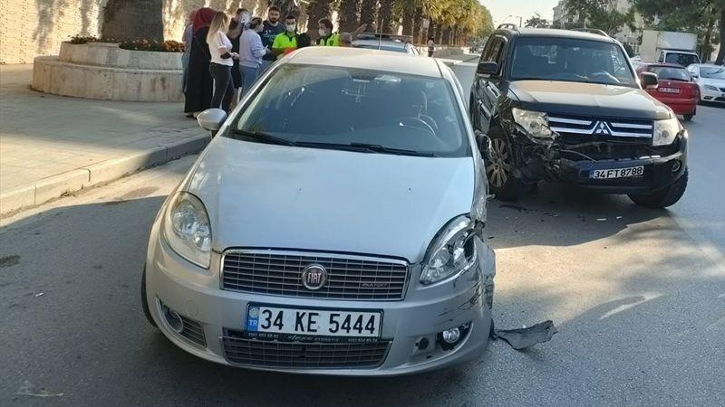 Cip ile çarpışan otomobilin sürücüsü yaralandı
