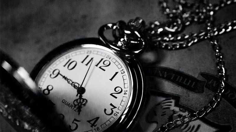 Ters Saatlerin Anlamı