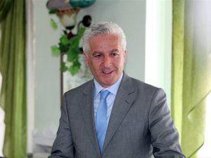 Karasu Belediye Başkanı İspiroğlu'nun evine silahlı saldırı!