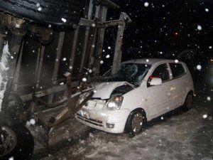 Buzlanma D-100'de kaza üstüne kaza getirdi!