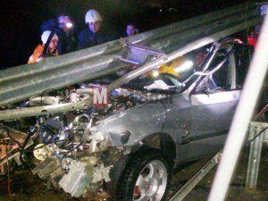 Karaman köprüsünde kaza:1 yaralı..