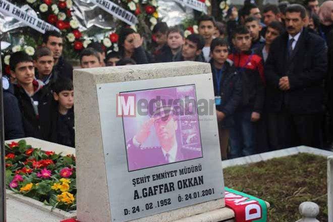 Eller Şehit Ali Gaffar Okkan için semaya açıldı...