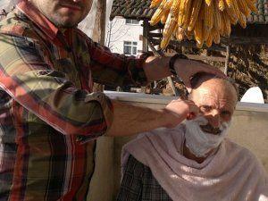 Akyazı'da Şefkat Makas Hizmeti
