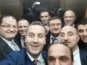 Fevzi Kılıç'la karar sonrası genel merkezde selfie!