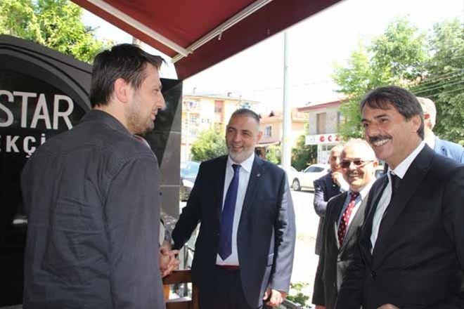 Hacıeyüpoğlu,'Laf değil, hizmet üretiyoruz'