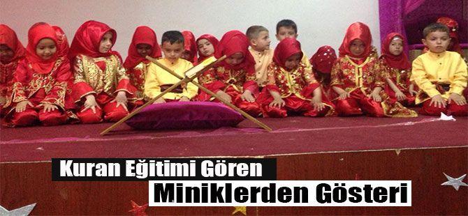Kuran Eğitimi Gören Miniklerden Gösteri