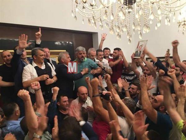 Ak Parti'de son polemik! Dişli'yi şikayet etti