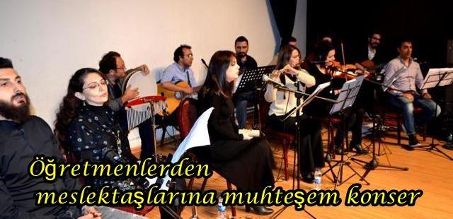Akyazı'lı Öğretmenlerden muhteşem konser