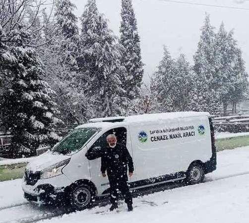 Belediyenin defin işleri kar kış demiyor