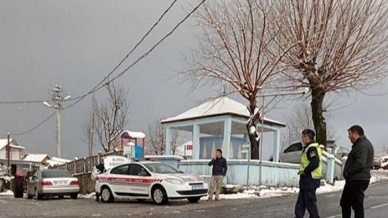 Jandarma Akyazı'da  Yayla yollarını kapattı