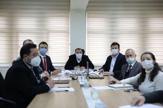 Akyazı'da  COVID-19 İle Mücadele Toplantısı Gerçekleştirildi