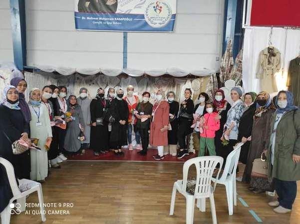 Ak Kadınlar Sergi Açılışına Tam kadro katıldı