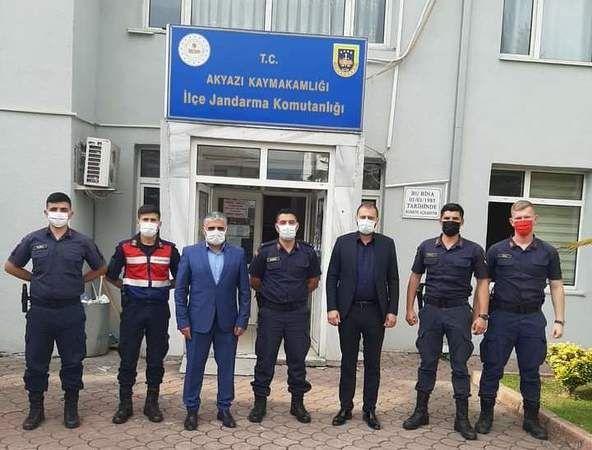 MHP'den Jandarmaya kutlama ziyareti