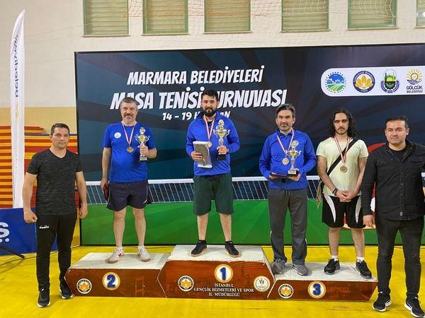 Masa tenisinde şampiyon Akyazı Boybeyi