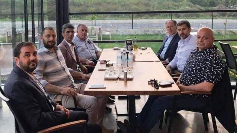 Avukat Levent Serbest Akyazılı misafirlerini ağırladı