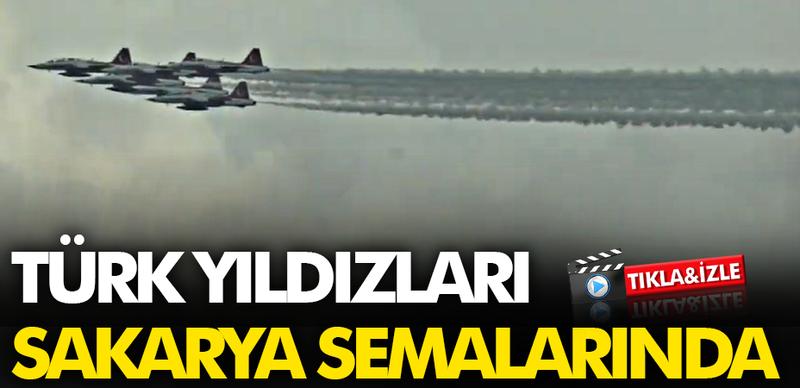 Türk Yıldızları Adapazarı semalarında uçuş yaptı!