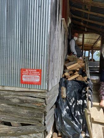Akyazı'da yaylada bir ev karantinaya alındı...