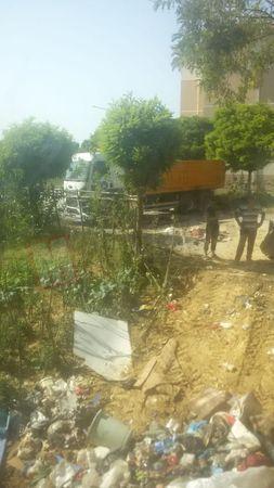 Korucuk'ta bir evden 4 kamyon çöp çıktı! Evin sahibi ormanlık alana kaçtı...