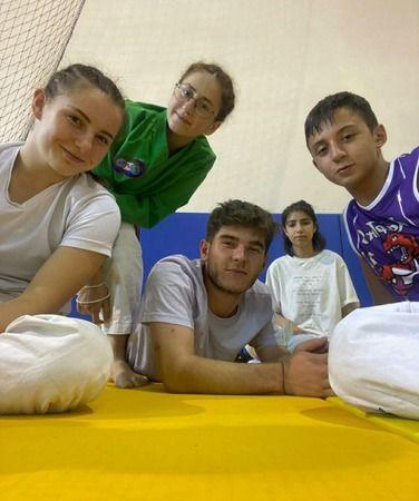 Judocular Madalyaları Toplayıp Milli Takıma Seçildiler..