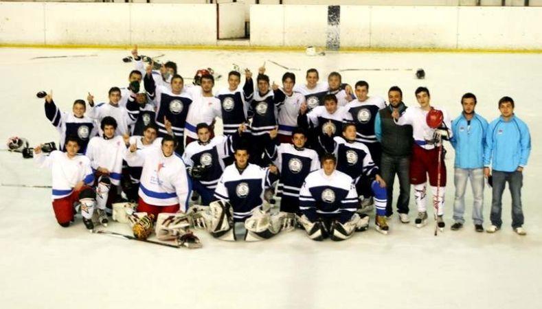 Büyükşehirli genç hokeyciler, Türkiye Şampiyonu oldu