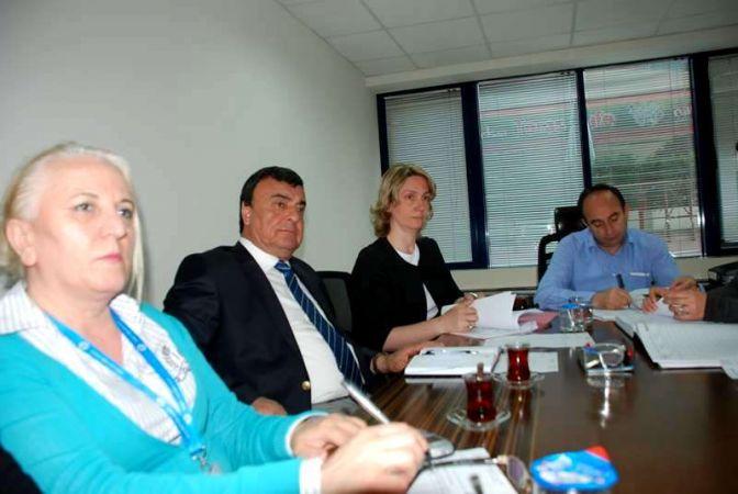 İzmit Belediyesi, yeni ihalelere hazırlanıyor