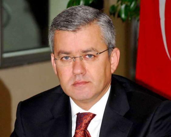 Alparslan Türkeş'e dön baskısı