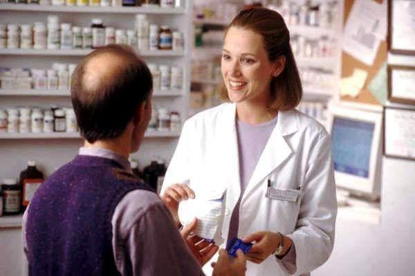 Eczanelerde artık beşeri ilaçlar da satılabilecek