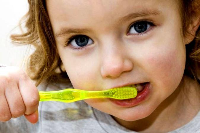 Ortak kullanılan diş fırçası hepatit virüsü bulaştırabilir