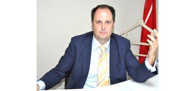 İzmit CHP'nin yeni başkanı Küçükkaya