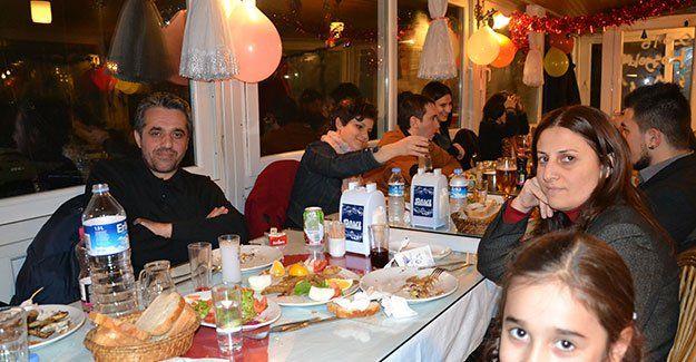 Tarihi Eminönü'nde vur patlasın eğlence