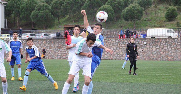 U15 Play-Off'ta iki maç var