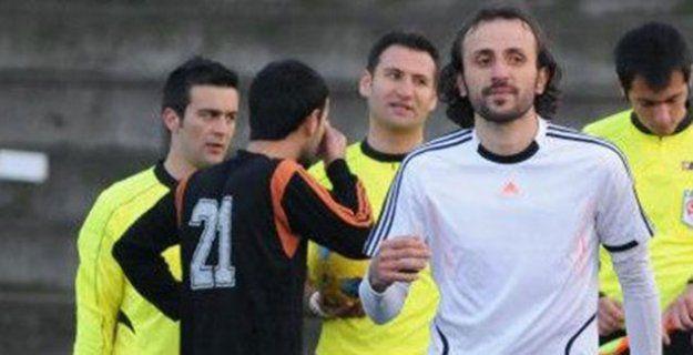 Gölcük G.B Play-Off maçları için Sertan'ı aldı