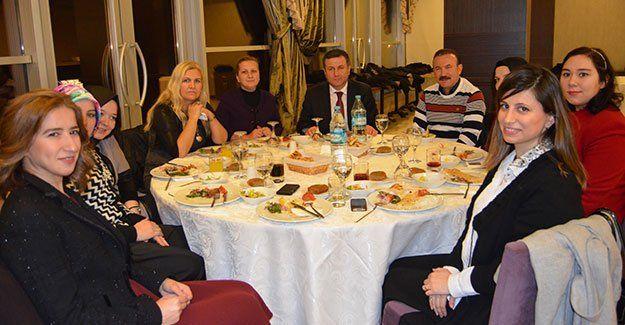 AK Parti'de eskiler ve yeniler bir araya geldi