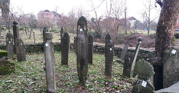 Kartepe'de Osmanlı mezar taşları bakımda