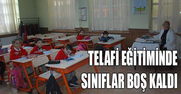 Telafi eğitiminde sınıflar boş kaldı